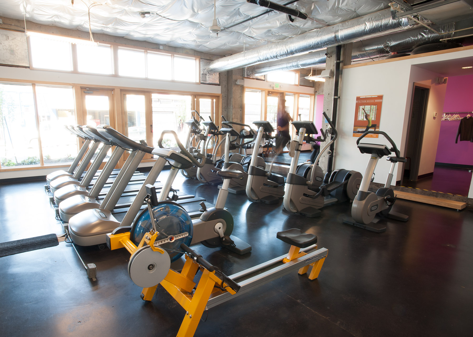 Mode of fitness seattle capitol hill gym for 3000 sq ft gym layout